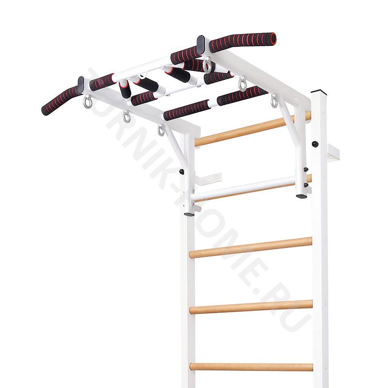 Cтенка с деревянными ступенями ребенку